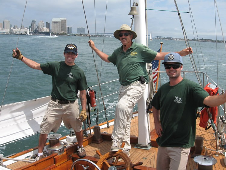 sail jada crew having fun!